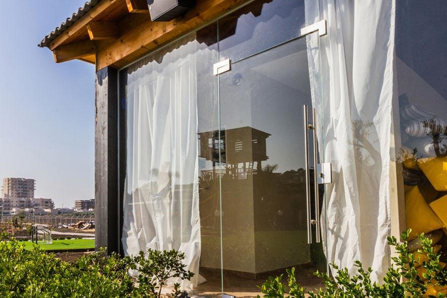 פרויקט זכוכית מעוצבת לבית