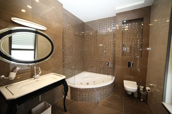 מקלחת זכוכית בעיצוב אישי